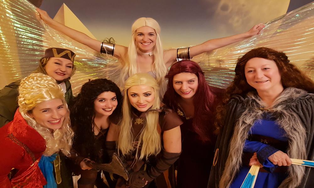 Daenerys, Melisandre, Cercei, Olena, Catheryn stark, salvaje