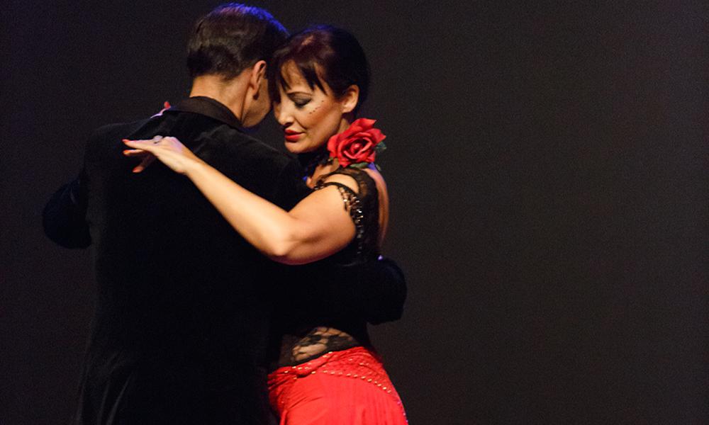 el abrazo del tango